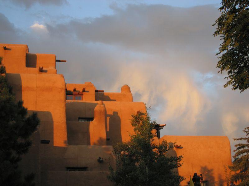 Pueblo acrhitecure ins anta fe